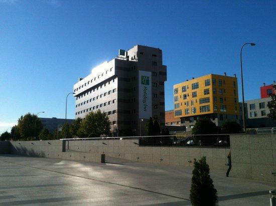 Holiday Inn Madrid - Las Tablas: Surroundings
