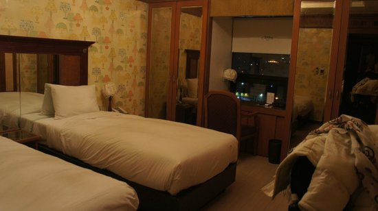 Hotel Charis: Room