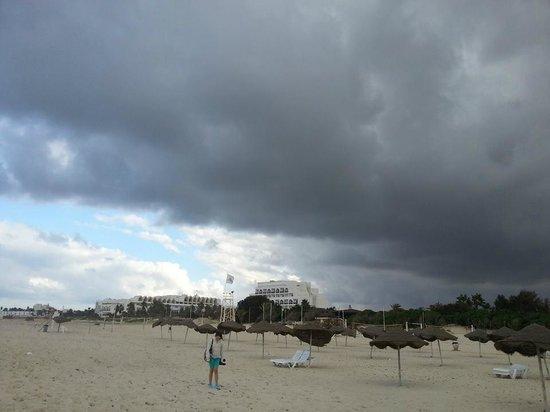 Sahara Beach Aquapark Resort: We were promised fabulous weather:/