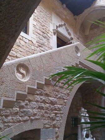 RV Hotel Palau Lo Mirador: escaleras 1