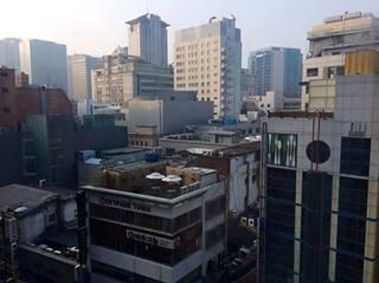 Hotel Skypark Myeongdong II : View from level 6