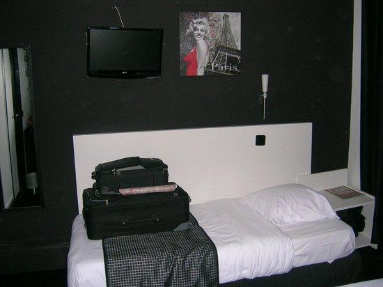 Hotel de l'Exposition - Republique: letto singolo