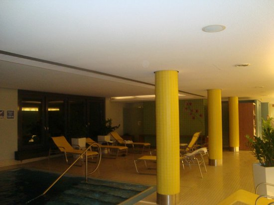Novotel Munich City : piscina