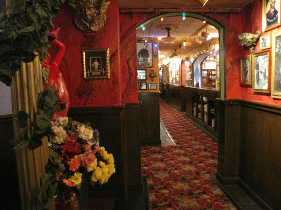 Restaurants Italian Near Me: Picture Of Buca Di Beppo, Kansas City