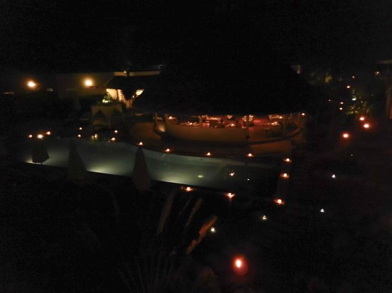 Navutu Dreams Resort & Wellness Retreat: Night time from rooftop