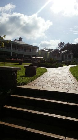 Hemingways Nairobi: The outer view with morning sunshine