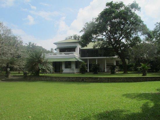 Horathapola Estate : House exterior from the garden
