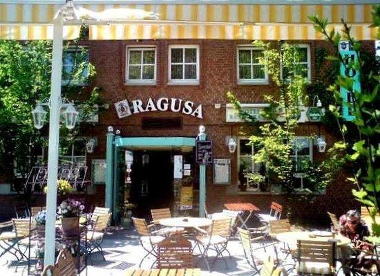 Hotel Restaurant Ragusa: Aussenansicht.