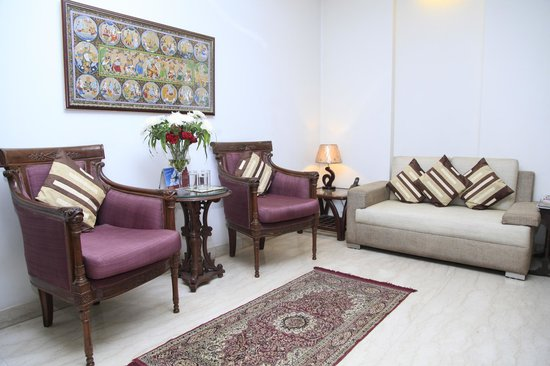 Indiyaah Inn: RECEPTION