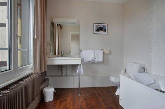 Hotel Normandy: salle de bain