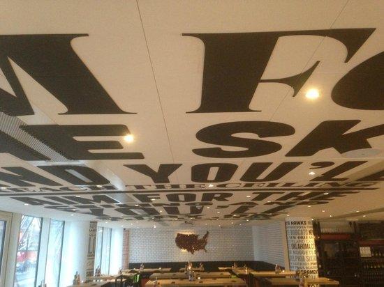 MAD - Modern American Diner: 1st floor ceiling