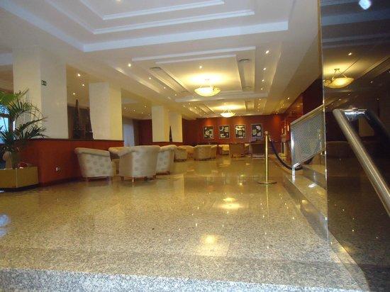 Melia Barajas: lobby