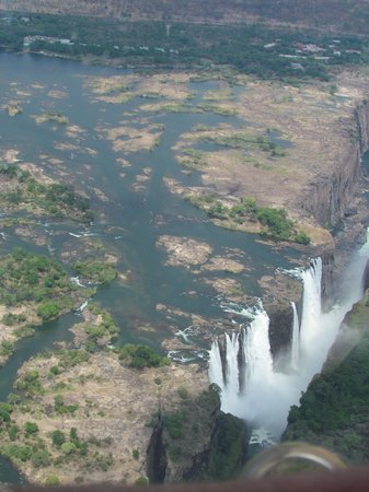 Shearwater Victoria Falls - Helicopter Flights: Vic Falls from the helicopter