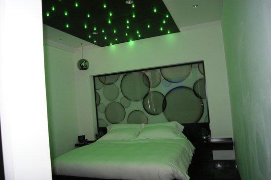 JC Contemporary Hotel : junior suite
