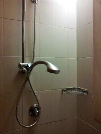 Villa delle Rose: doccia