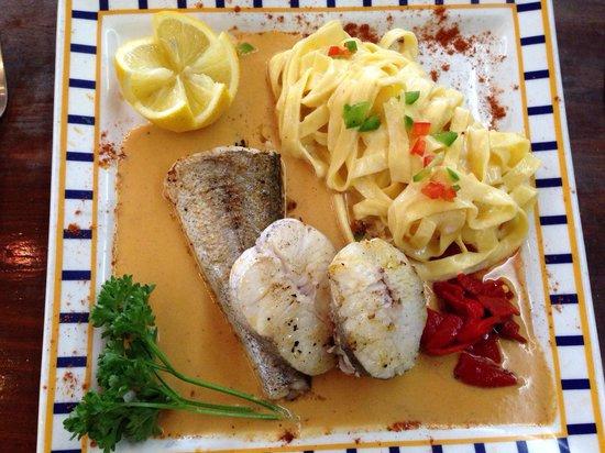 Pil-Pil Enea : Merlu au beurre de crevettes et tagliatelle fraîches