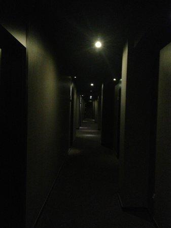 Andante : couloir