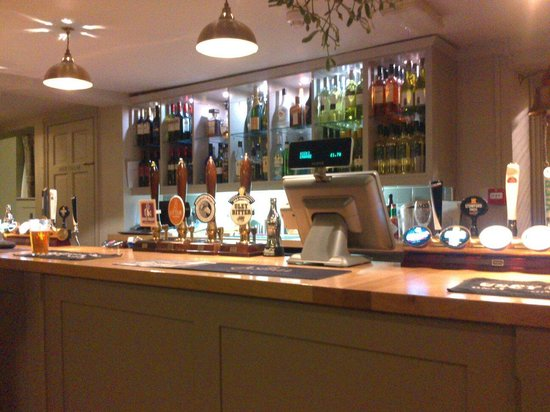 The Red Lion: Welcoming bar with local ales.
