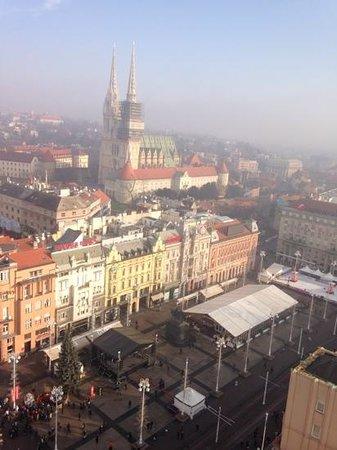Zagreb Eye : een kijkje op het centraal plein
