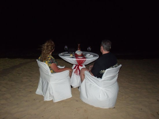 Dreams Punta Cana Resort & Spa: Romantic dinner on the beach