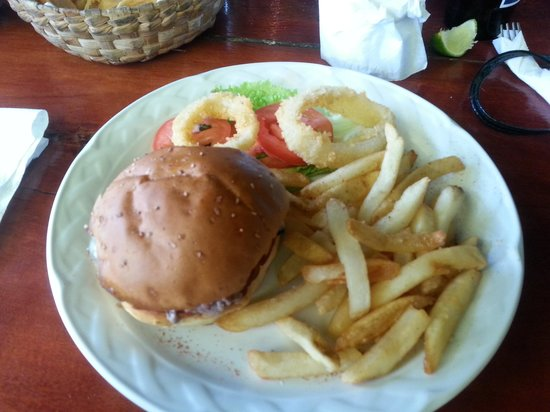Mateo's Mexican Grill : The Burger