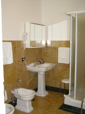 Charles Bridge Palace : Ванная комната