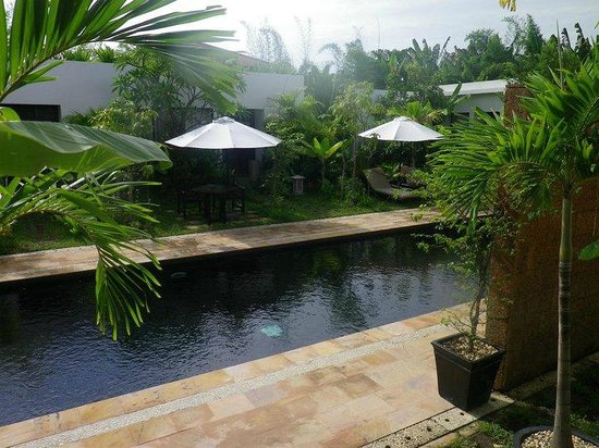 Bunwin Boutique Hotel: Refreshing mineral water posing as a pool