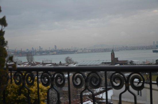 Avicenna Hotel : Boğaz'dan Marmara'ya çıkış