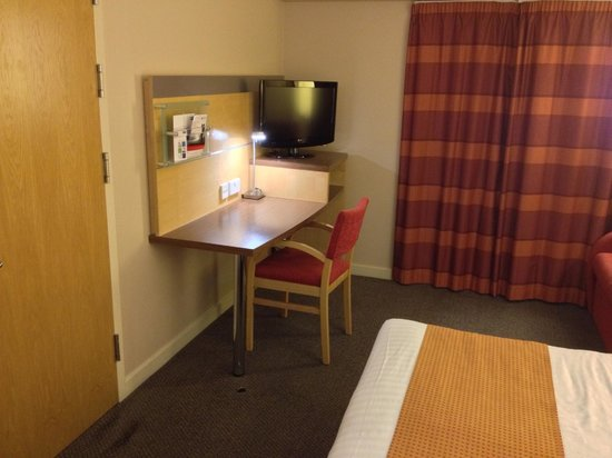 Holiday Inn Express London-Limehouse: Decent TV reception.