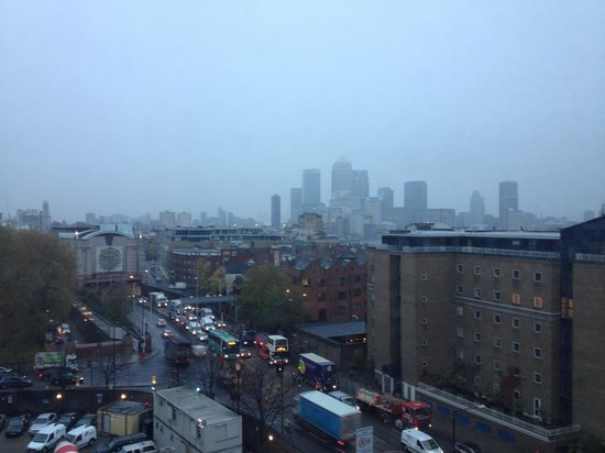 Holiday Inn Express London-Limehouse: View from the lifts area