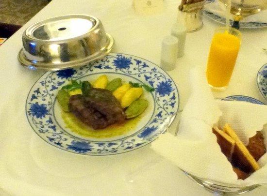 Belmond Copacabana Palace: Prato com Picanha do room service: Saborosa mas a carne deveria ser macia