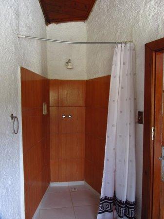 Pousada e Spa Vrindavana : Box para banho