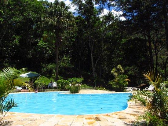 Pousada e Spa Vrindavana : Ótima piscina externa