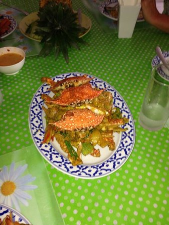 Bai Tong: Krabi crab with curry spices