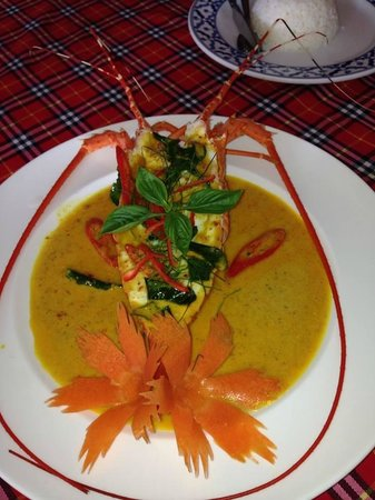 Bai Tong: Krabi lobster with a thai red curry sauce