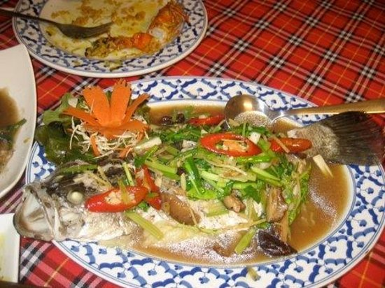 Bai Tong: Sea bass steamed with ginger