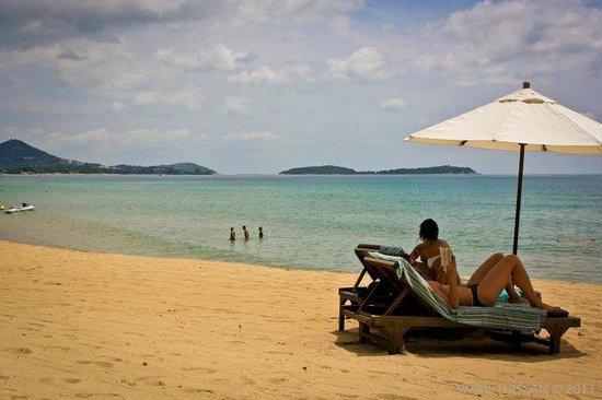 Impiana Resort Chaweng Noi: Beach view