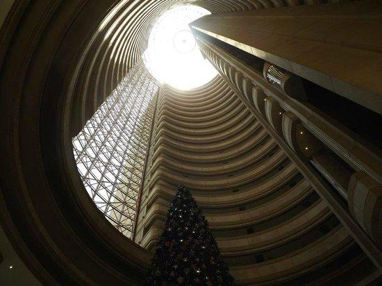 Grand Hyatt Santiago: Parte interna do hotel