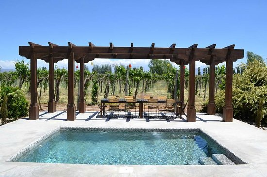 Cavas Wine Lodge: Pool of Grand Villa