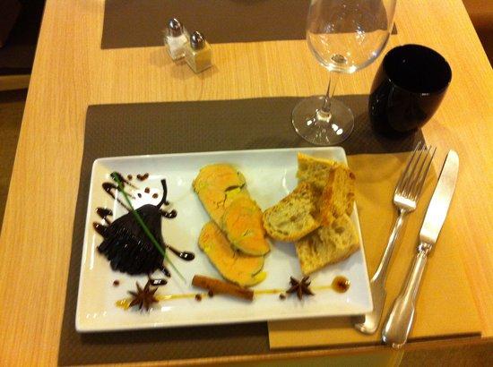 Restaurant Le Petit Prince : le foie gras poires aux vin d'épices