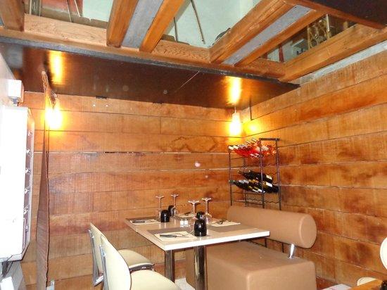 Restaurant Le Petit Prince : la petite salle a la cave!!!!