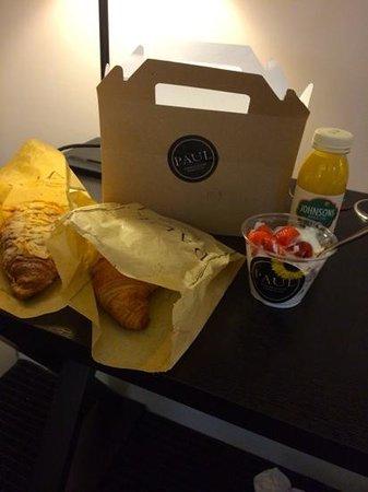 The Nadler Soho: Breakfast delivered to the door