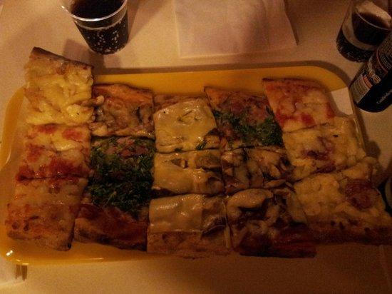 Pizzeria Federico Nansen: tranci di pizza