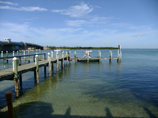 New Pass Grill and Bait Shop: Dockside Dining on a Stool--the view