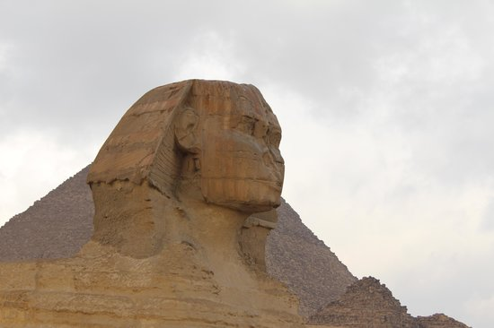 Cairo-Overnight Tours - Day Tours : The Sphinx infront of the pyramids