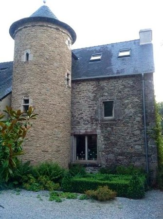 Manoir de Kerledan : torreon posterior