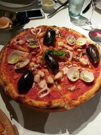 La Barca Ristorante: Seafood Pasta