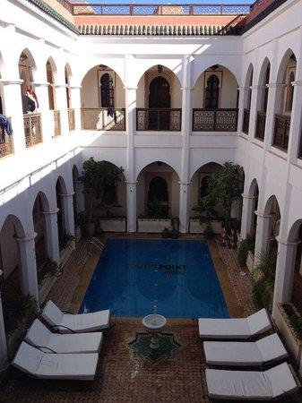 Equity Point Marrakech Hostel : Grea area!