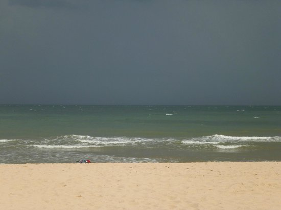 Anantara Mui Ne Resort: the sea infront of the resort