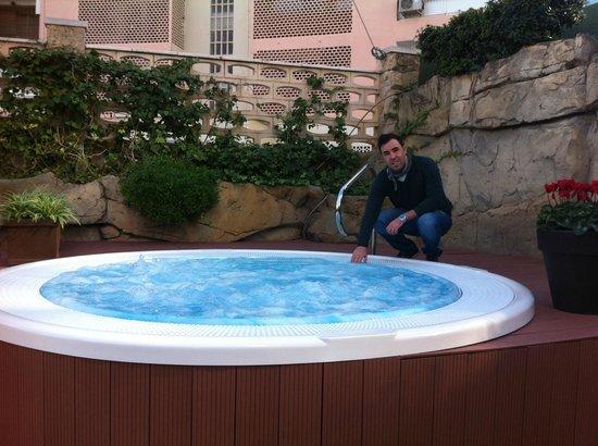 Hotel RH Victoria: jacuzzi
